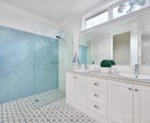 Hampton style bathroom